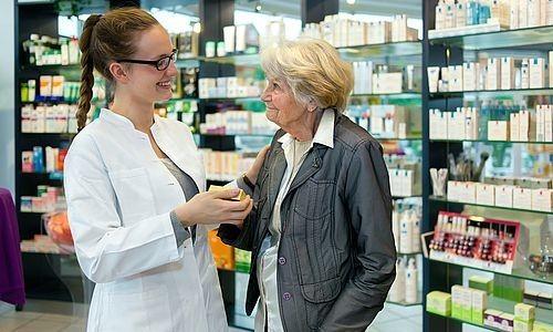 Лучше покупать витамины по совету врача